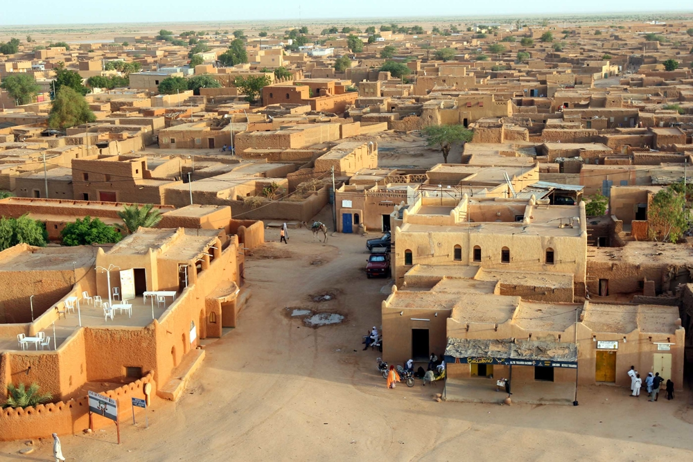 A panoramic view across Agadez, northern Niger, 9 September 2007.