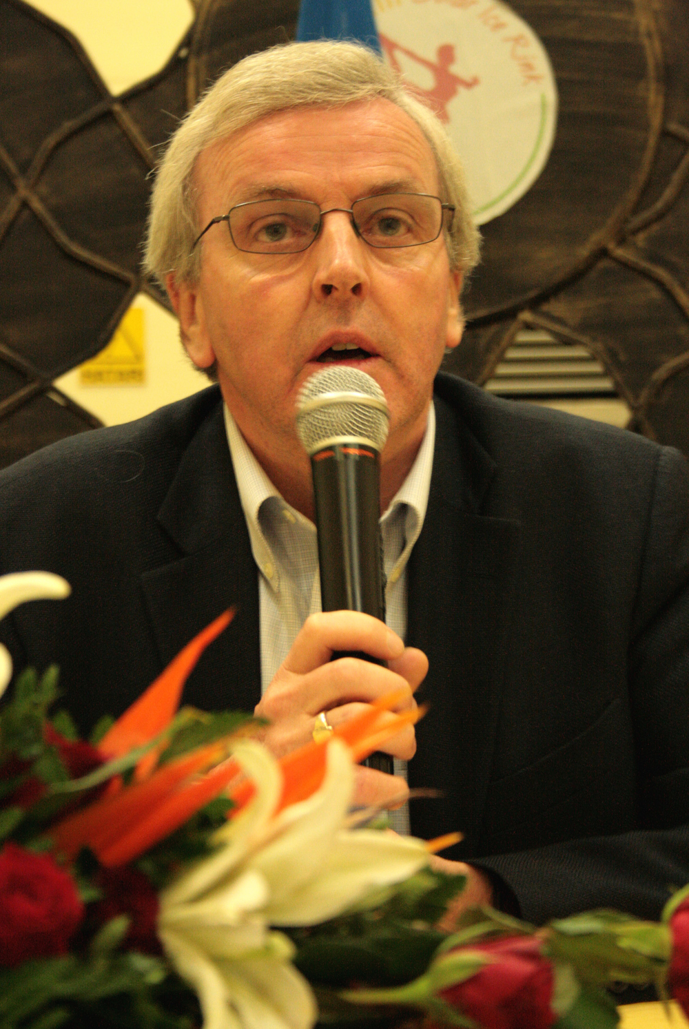 The UN Under-Secretary-General for Humanitarian Affairs and Emergency Relief Coordinator John Holmes, at a press conference in Nairobi, Kenya, 3 December 2007, following a trip to Ethiopia and Somalia.