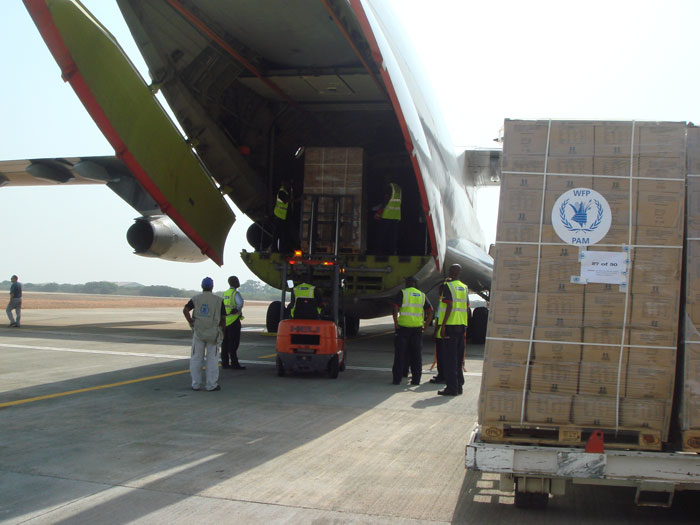 The United Nations World food Programme organized two airlifts from UNHRD Accra to Garoua in Cameroon to assist an estimated 30,000 Chadians refugees in the Kousseri area
