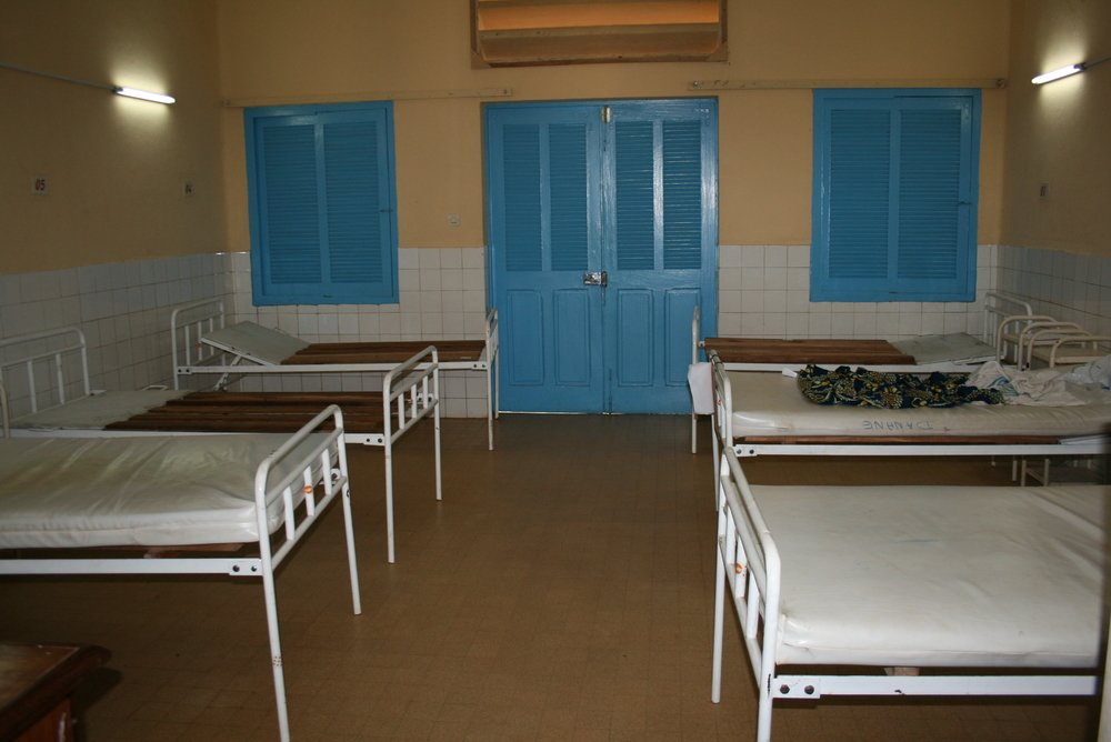 Most of the wards in Danané hospital in 18 Montagnes region are empty