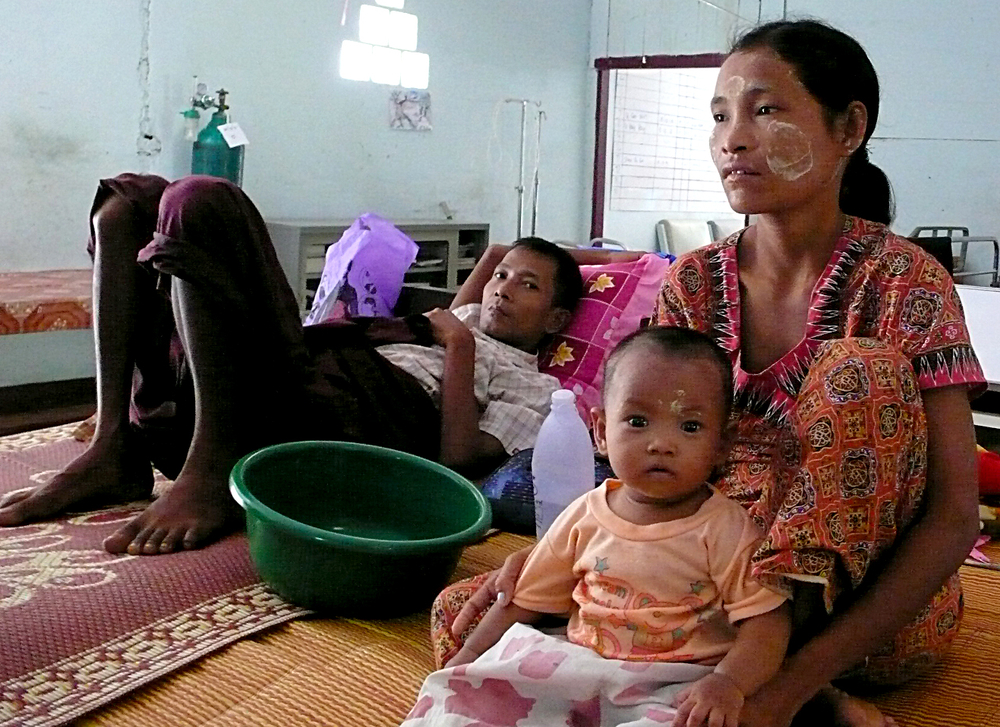 Burmese migrants in Thailand believe the elections will do little to change life back home. Military-run Myanmar will hold its first election in two decades on 7 Novenber, 2010