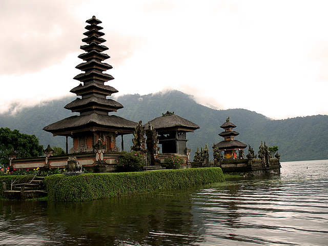 Pura Ulun Danu Bratan temple, dedicated to Dewi Danu - the goddess of the waters. In 2010, one out of four sex workers in the touristic island  of Bali was infected with HIV