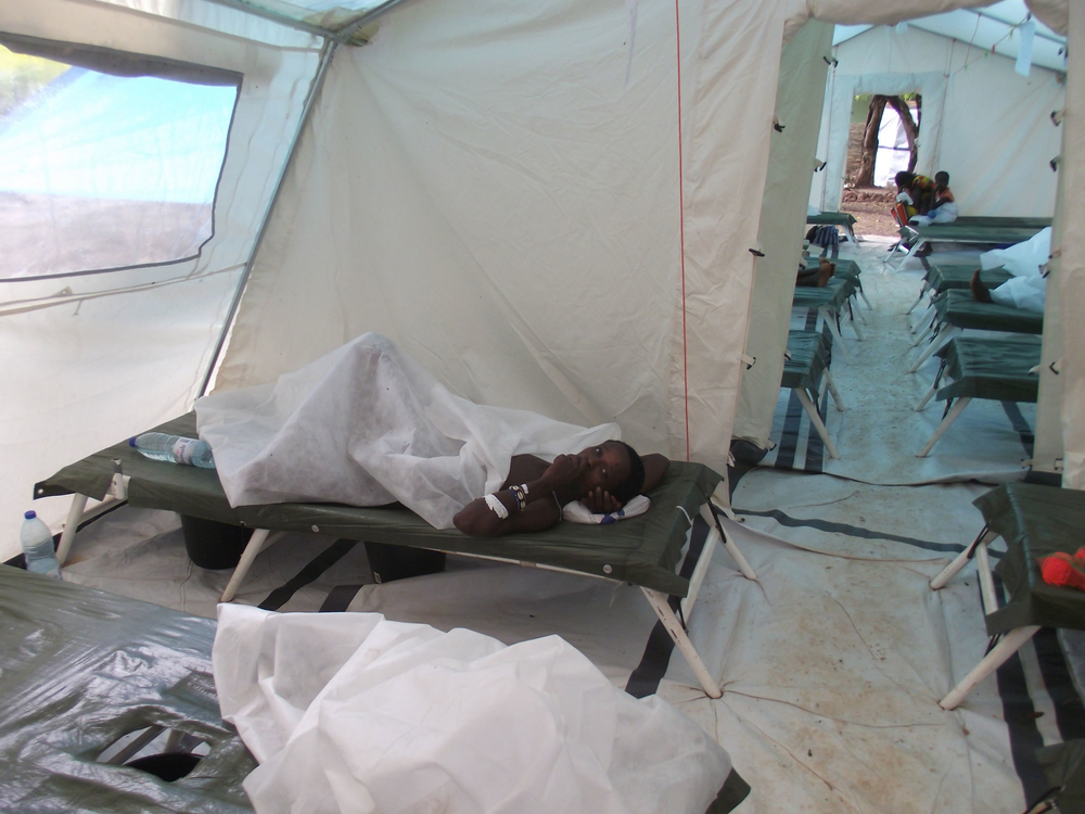 Cholera treatment tent at Hôpital Simão Mendes in the captal, Bissau. As of 11 November 1500 cases had been reported, with 10 deaths, according to the Ministry of Health
