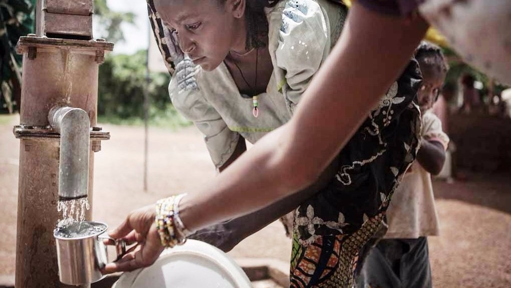 Water, a precious commodity in eastern Cameroon, has become a source of tension between refugees and local people, who think that refugees receive too many privileges.