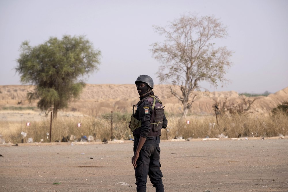 A checkpoint on the border between Niger and Burkina Faso