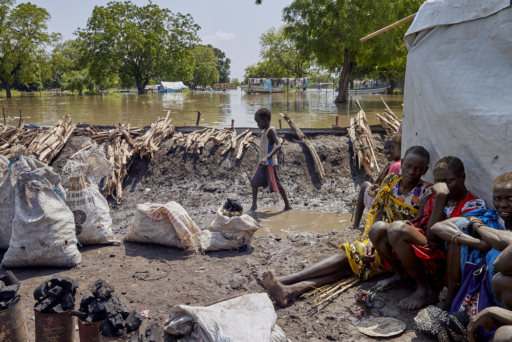 Roughly 2,700 people are living in makeshift shelters on a small patch of dry land in the eastern town of Pibor.