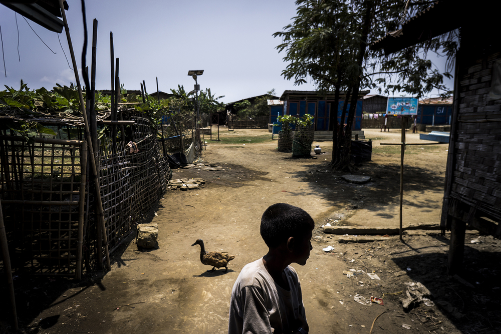 The New Humanitarian | Hunger in Myanmar, haggling for peace